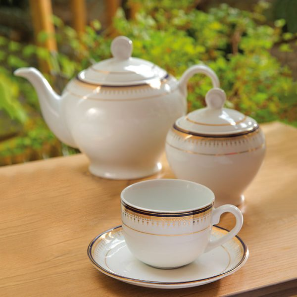 سرویس چینی زرین 6 نفره چای خوری خاطره (17 پارچه)